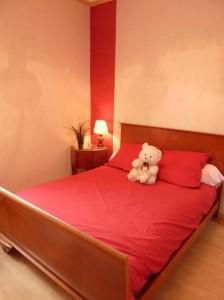 La chambre rouge du gîte de Chalon